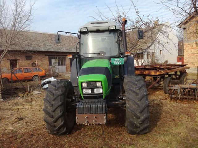 prodajem  traktor  deutz - fahr 100