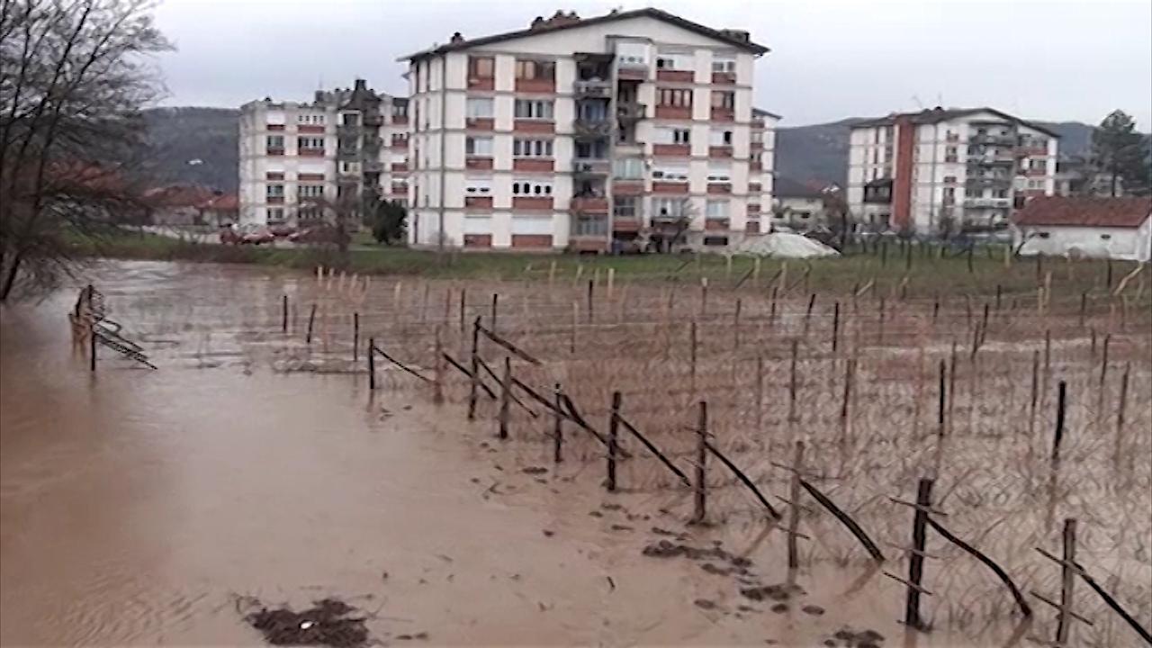 Poplavljeno 6.000 hektara