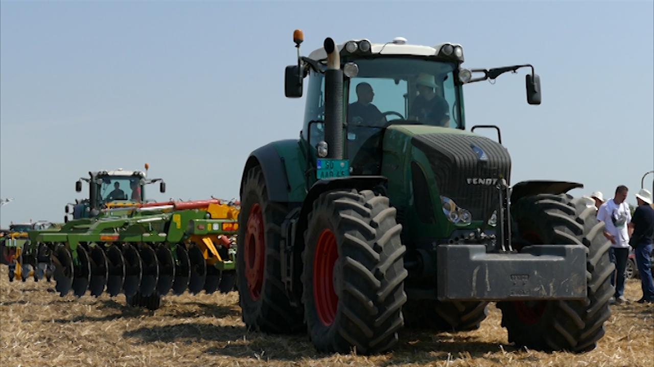 Traktor 1050 od 517 konjskih snaga