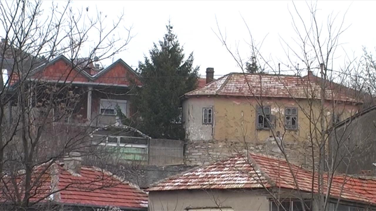 Kuće na selu ispod cene