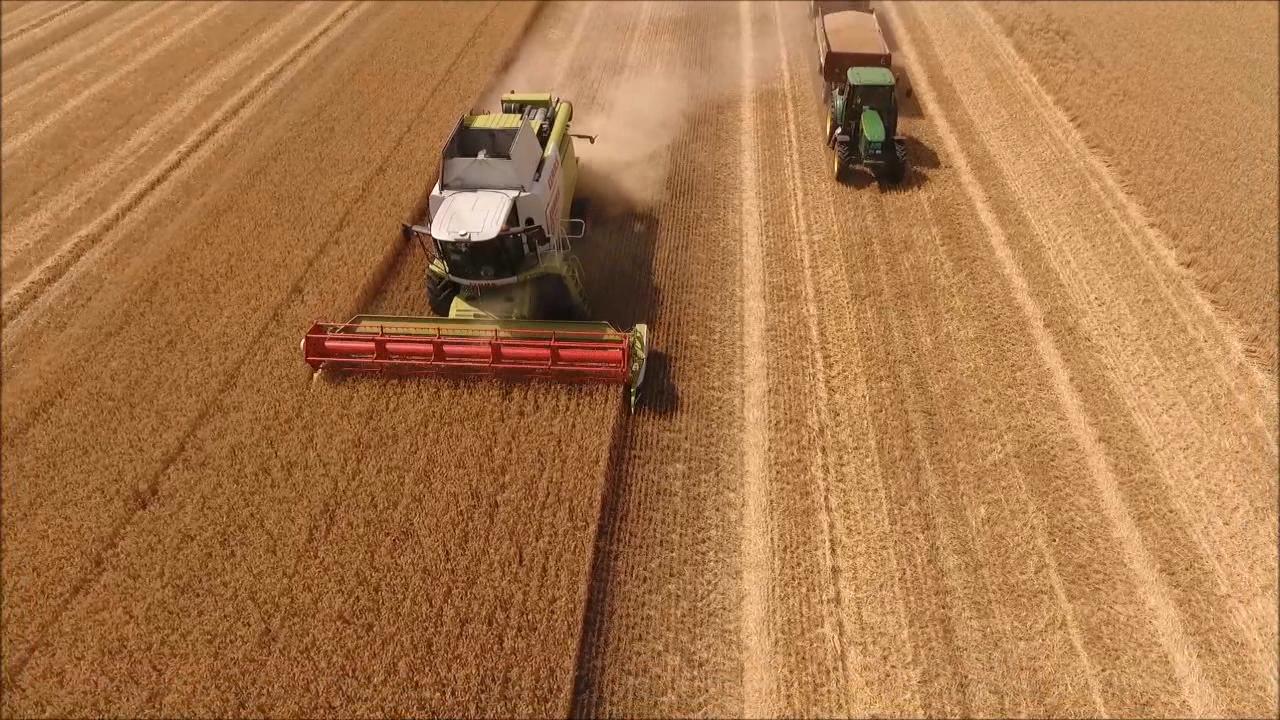 Šta rade dronovi na poljima čačanskog kraja?