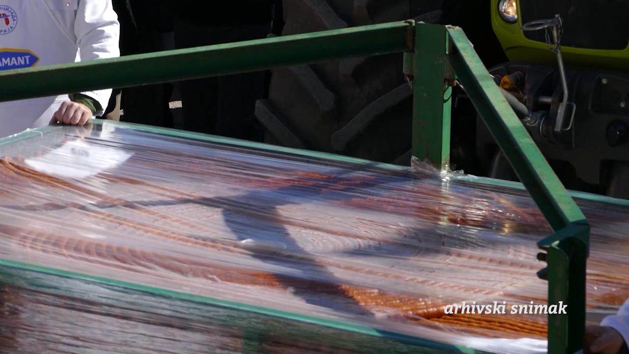 Ove godine napravljena kobasica duga 2.037 metara