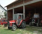 Indijski traktori u Boljevcu