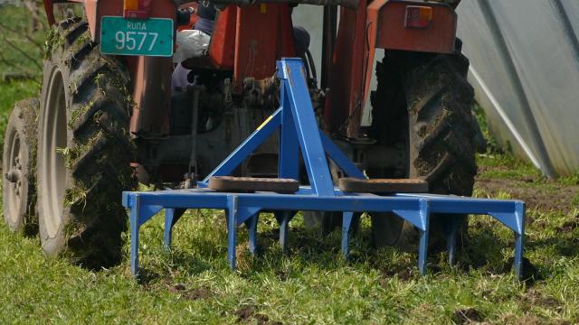Za nove traktore 210,5 miliona dinara