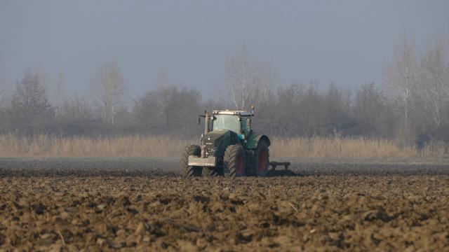 Samo indirektne investicije u agrar