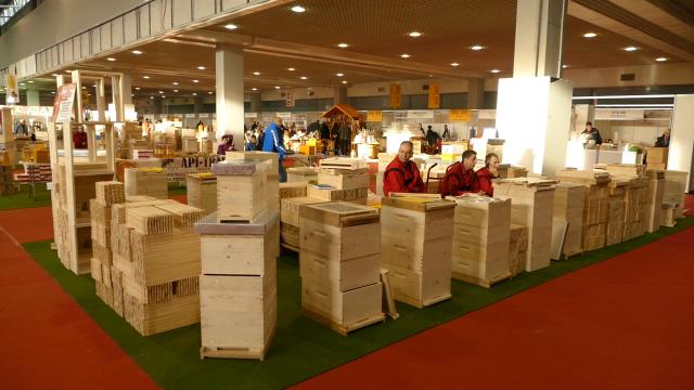 Država pruža podršku pčelarima