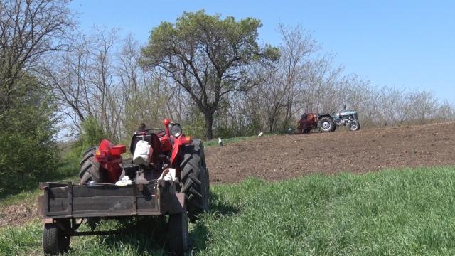 Najvažniji posao u polju ove godine skuplji nego lane