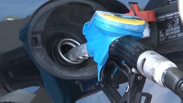 Državna zahvatanja ćine polovinu cene goriva