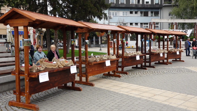 "Održan prvi ""Jabuka Fest"""