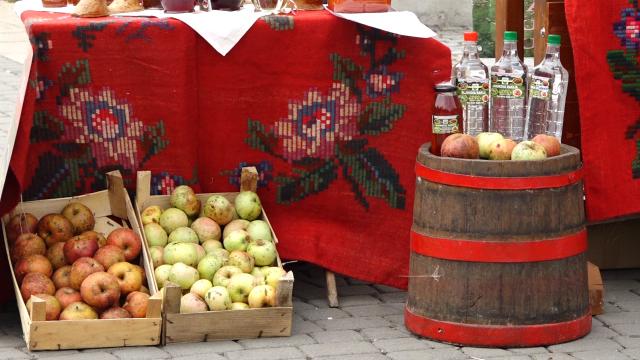 Organsko voće traženo, ali skupo