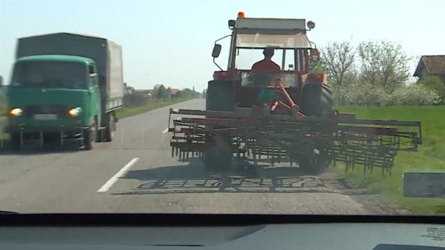 Traktori nose najveći rizik od izazivanja saobraćajnih nezgoda