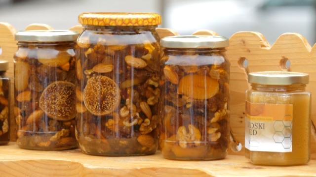 Čak i minorni ostaci amitraza ugrožavaju plasman meda
