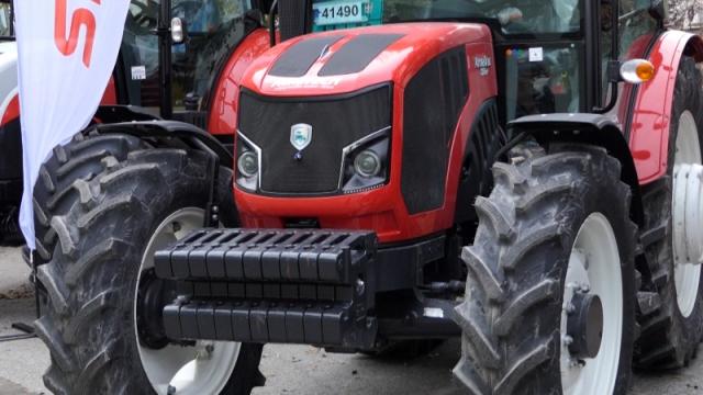 Nabavka traktora u 2020. i preko nacionalnih i IPARD mera podrške