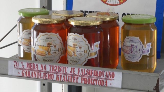 """Društvo ,,Hajduk Veljko Negotin""""okuplja oko 150 pčelara"""