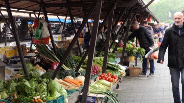 Srbija uvozi ono što može i sama da proizvede