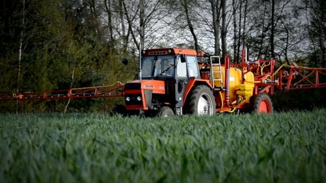 EU planira da smanji upotrebu pesticida za 50%