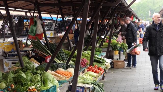 Ukloniti pesticide sa plodova