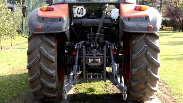 """Nove """"Čuvarkuće"""" i kupusu i priključcima za traktore"""