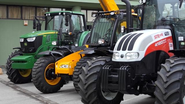 Cilj da u narednim godinama bude 20 000 novih traktora
