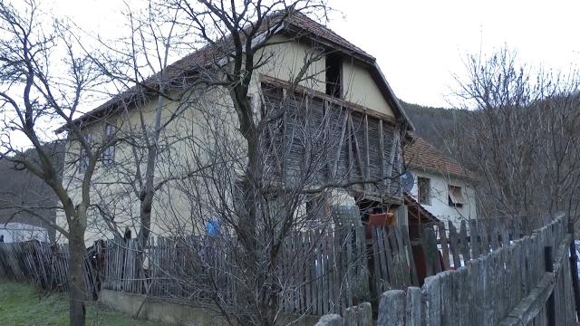 Procenjuje se da u Srbiji ima oko 150.000 praznih seoskih kuća