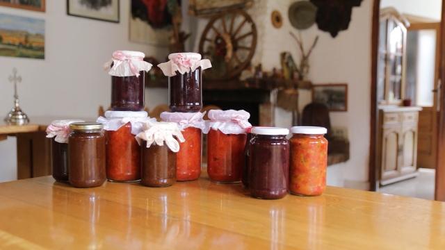 Domaći prehrambeni proizvodi na tradicionalan način