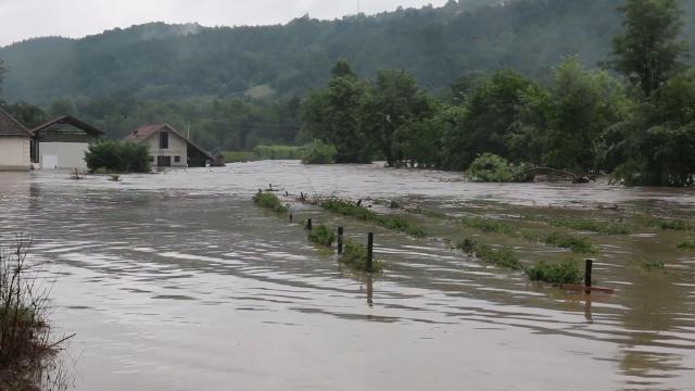 Sve se veće površine brane od poplava