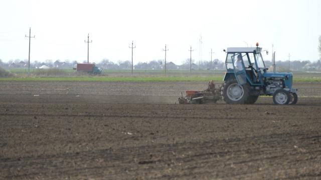 U pripremi novi Zakon o poljoprivrednom zemljištu